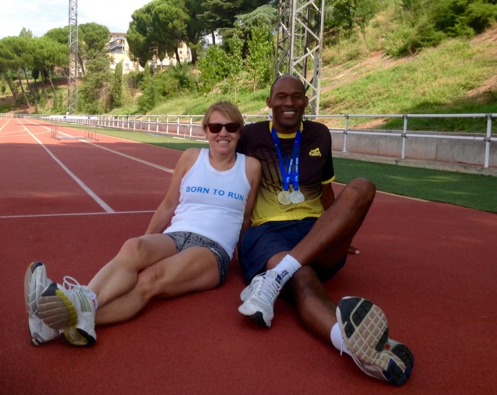 Con mi entrenador Alexis, alias 'el cubano'. Con mis medallas que también son suyas