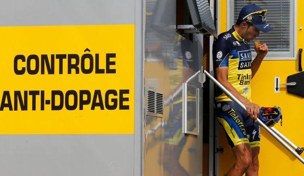 Control antidopaje en el Tour de Francia